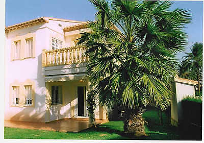 Luxury Townhouse/Villa set in secure communal gardens with Pool in Denia, Spain