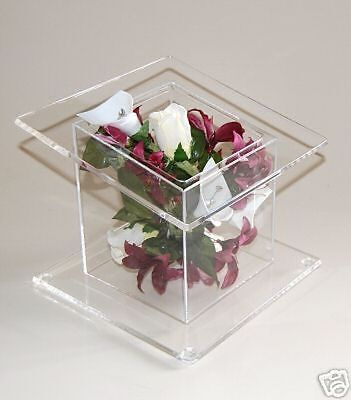 Square Tilted  Acrylic  Cake  Stand Wedding Display
