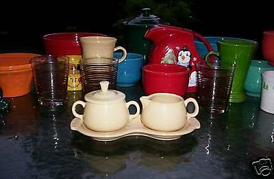 4 PC set CREAMER/cream SUGAR TRAY LID ivory FIESTA