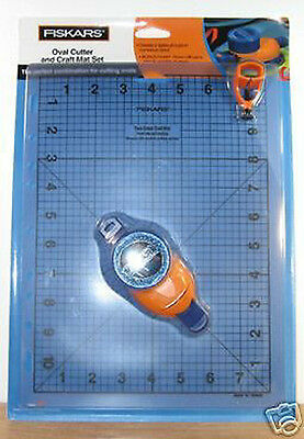 Fiskars Oval Cutter & Craft Mat Set