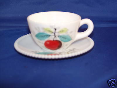 Beaded Edge Cup & Saucer Apples