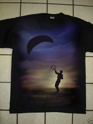 Airbrushed Power Kite   T-Shirt in all sizes