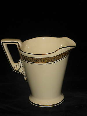 BURGESS & LEIGH - #4696 GOLD ETCHED - CREAMER 8oz