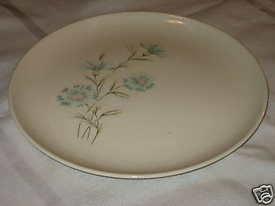 Taylor Smith TS T Ever Yours Boutonniere Dinner Plate