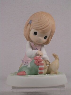 Precious Moments Figurine 'It's What's Inside That Counts'  #910008  NIB