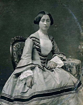 1/6 Daguerreotype Photo - Attractive Woman By J. Gurney
