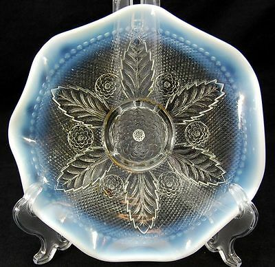 """Northwood Marked White Opalescent Bowl Coniferous 9"""""""