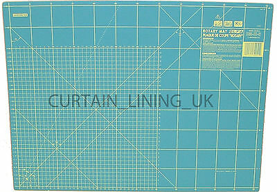 "OLFA Cutting Mat 24"" x 18"" Green Professional RM-IC-S"