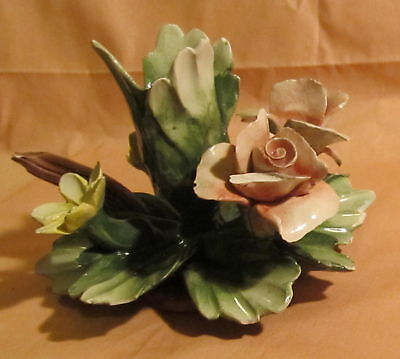 Capodimonte Vintage N Crown High Gloss Flowers Bouquet
