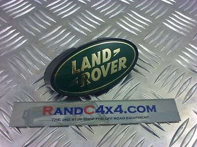 MXC6402 Land Rover Defender Clip on Front Grill Badge