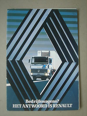RENAULT  Map with brochure / Mappe mit Prospekt  1982.