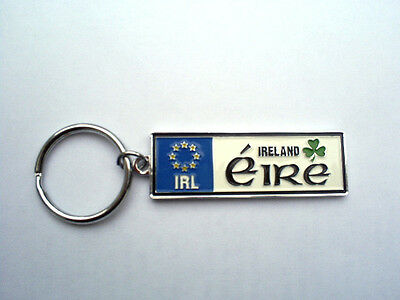 IRELAND EURO LICENSE PLATE STYLE KEY RING CHAIN EIRE AND SHAMROCK GIFT SOUVENIR