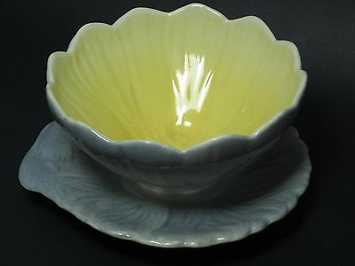 ROYAL WINTON - Rare - FLOWER SHAPED SAUCE BOAT & ATTACHED PLATE - 16D