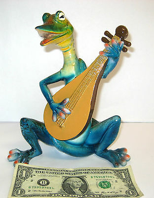NEW IN BOX Collectible Polystone Blue Sitting Lizard Musician, 9'' Tall and Wide
