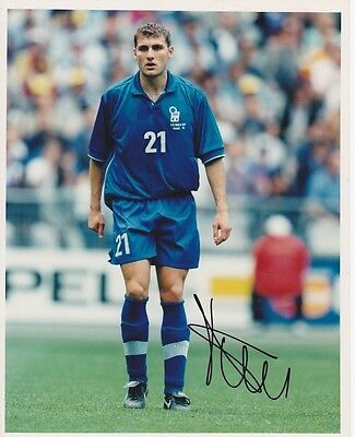 Christian Vieri signed 10x8 Italy photo  UACC Registered dealer
