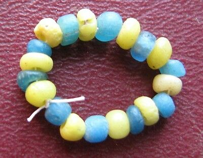 Authentic Ancient Artifact > Great Britain Found Lot of 20 glass beads  9523