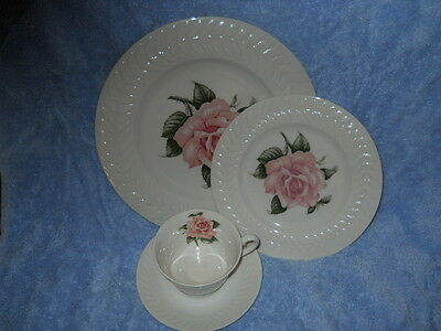 THEODORE HAVILAND REGENTS PARK ROSE 4 PIECE PLACE SETTING