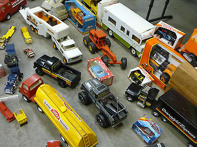 """OLD CAR-TRUCKS TOY COLLECTION """"BIG LOT FOR SALE """" MUST SEE - SUPER GREAT VALUE"""