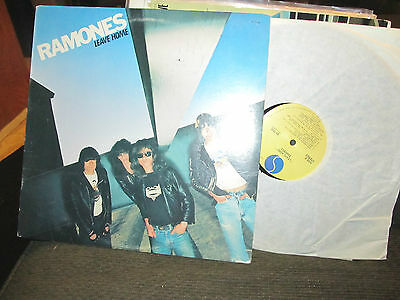 THE RAMONES LEAVE HOME LP 1977 SIRE 1ST US SA7528 W/carbona not glue uncensored!