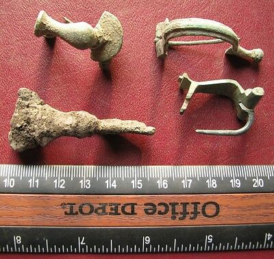 Authentic Ancient Artifact   Lot of 4 ROMAN Bronze Fibulae Brooches with pins