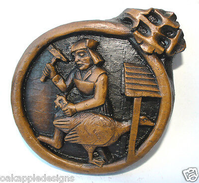 Unique Ornament Wall Plaque Medieval Carving Goose Blacksmith Church Giftware UK