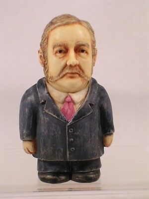 Harmony Kingdom Ball Pot Bellys / Belly 'Chester Arthur' #PBHCA Ret. New In Box