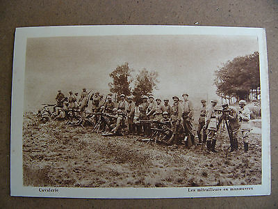 10.cpa.camp De Mailly .cavalerie Les Mitrailleuses En Manoeuvres