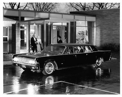 1964 Lincoln Continental Lehmann Peterson Photo Poster Z0910