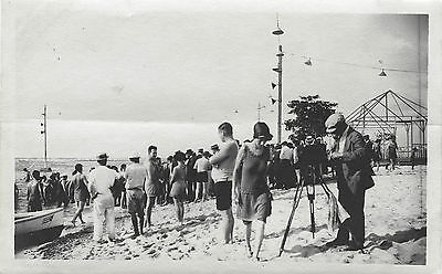 1923 HAVANA, CUBA BEACH SCENE WITH PHOTOGRAPHER, TRIPOD CAMERA & SNAPSHOT PHOTO