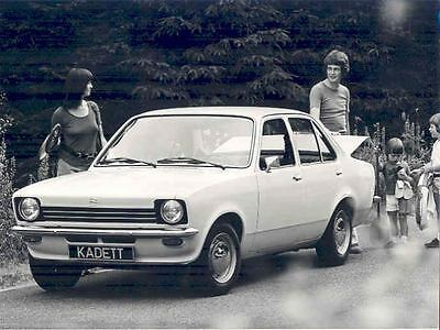 1974 Opel Kadett ORIGINAL Factory Photo wo4760-6N8NGZ