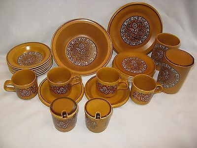 "26 Piece Vintage Retro Royal Worcester Palissy ""beauvais"" Tableware"