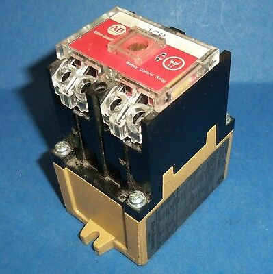 Allen Bradley 110/115-120V Safety Control Relay Series D 700S-P220A1