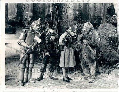 1976 Scene From Classic Movie The Wizard of Oz Judy Garland Wire Photo