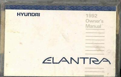 1992 Hyundai Elantra Owner's Manual and Pouch fo685-IAJIZI