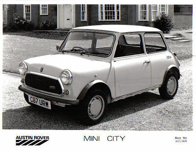 Mini City original b/w Press Photograph No. 325360