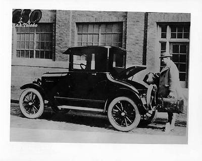 1922 Willys Overland Factory Photo ad4252-GXP3TO