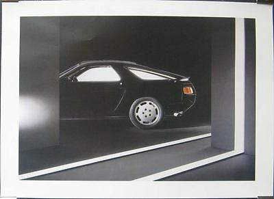 1983 Porsche 928 Showroom Poster 152699-P6CC1A