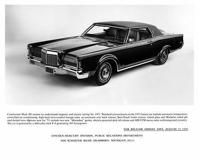 1971 Lincoln Continental Mark III Automobile Photo Poster zae2075-LM7TW3