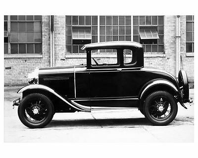 1931 Ford Coupe Factory Photo ua8066-7CACGY
