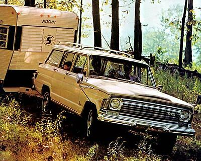 1971 Jeep Wagoneer Automobile Photo Poster zc1062-K6GPGS