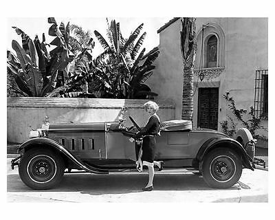 1928 Packard Eight Runabout Factory Photo Actress Gwen Lee ub2593-6X7C9Y