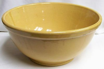 Hard to Find BAUER #4 YELLOW WARE Mixing Bowl LOS ANGELES