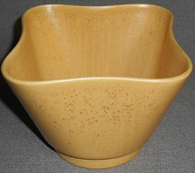 Gladding McBean CATALINA POTTERY RESEDA PATTERN Planter/Bowl GOLD Glaze/Color