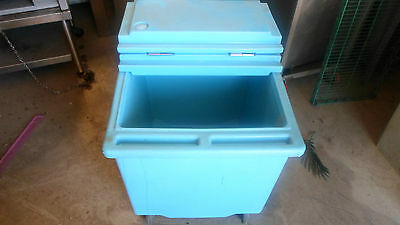 """Cambro Cooler with drain and lid on wheels 22"""" x 26"""""""