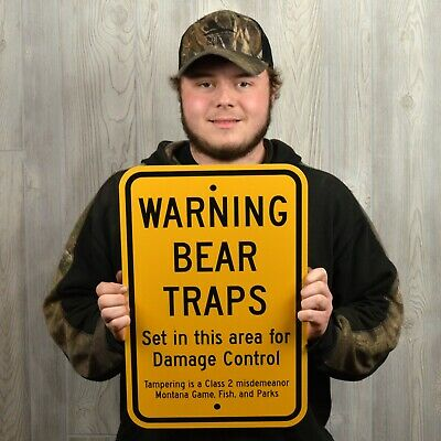WARNING BEAR TRAPS Sign, traps, trapping, hunting log cabin