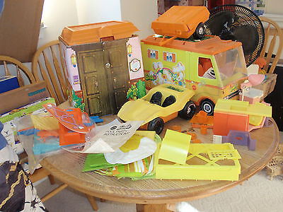 Vintage MIXED LOT OF  MATTEL BARBIE Accessories