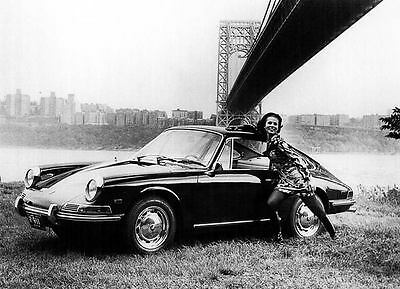 1968 Porsche 911 Automobile Photo Poster zu2436-71CVHP