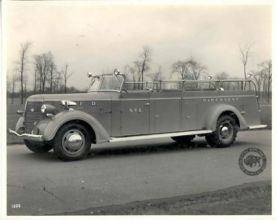 1940 Buffalo Fire Truck Factory Photo Pipestone MN u6676-97Y4D1
