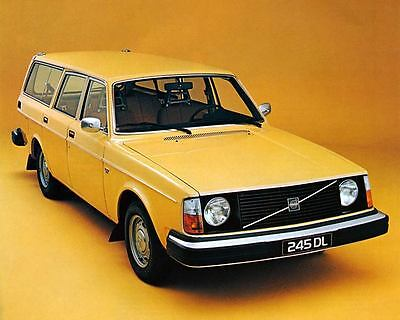 1977 Volvo 245DL Station Wagon Photo Poster zm0727-UOC4C9
