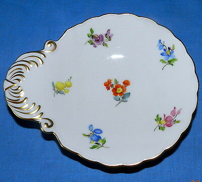 Meissen Scattered Flowers Pattern German China Trinket, Soap, Sauce Dish / Plate